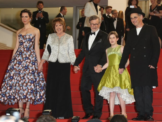 Cannes 2016: A Blockbuster Premiere of Steven Spielbergs The BFG - NDTV Movies