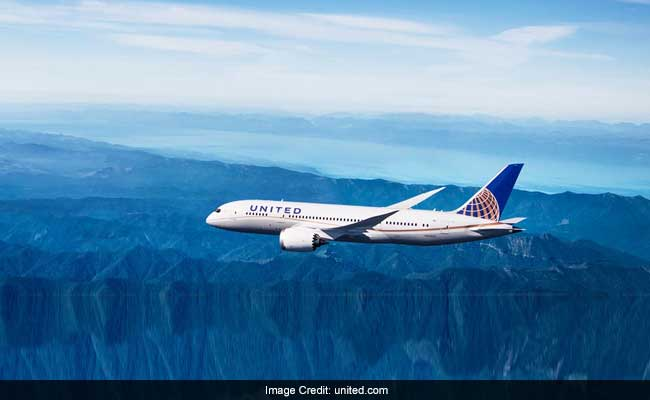 Two Girls Barred From United Flight For Wearing Leggings