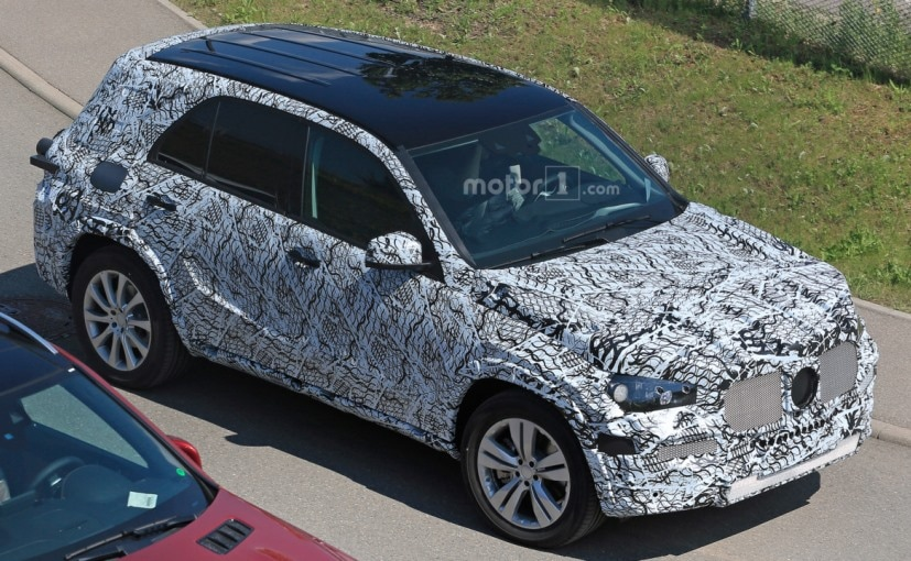 Next generation mercedes benz gle suv spotted testing for 2018 mercedes benz gle class