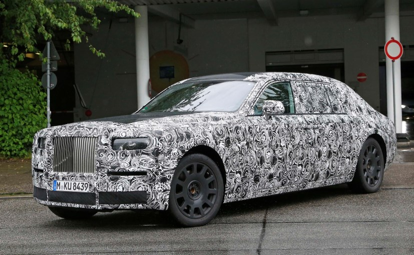 2018 Rolls Royce Phantom Interior Spied For The First Time Ndtv Carandbike