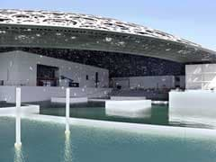 Abu Dhabi's Louvre Museum Gets Surrounded By The Sea