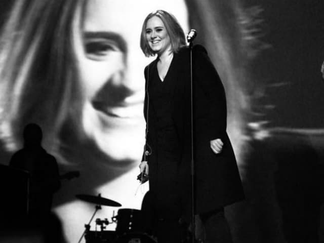 Adele's Performance of Spice Up Your Life Left This Singer 'Speechless'