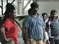 बेंगलुरु : नशे में धुत अफ़्रीकी मूल की महिला ने बाज़ार और अस्पताल में मचाया हंगामा