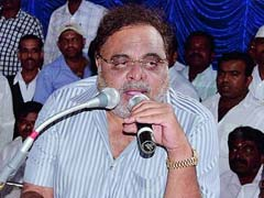 Am Not A Chappal, Says Actor Ambareesh About Being Sacked As Minister