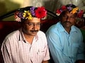 Arvind Kejriwal Wore This Floral Crown In Goa And Twitter Is Losing It