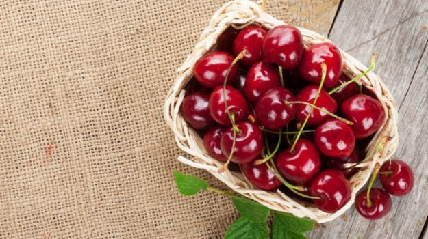 8 Hidden Health Benefits of Cherries for Weight Loss, Heart Health & Good Sleep