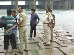 Barricades On Ganga Barrage After 7 Men Drown