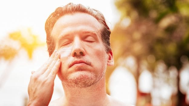 Heat Stroke Symptoms & Immediate Treatment: Is the Sun Making You Feel Uneasy?