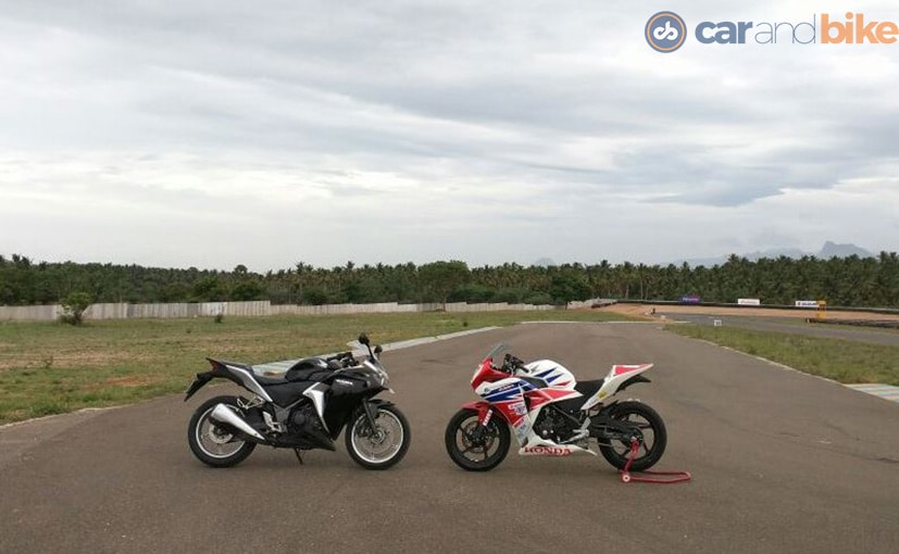 how to take seat off cbr 125