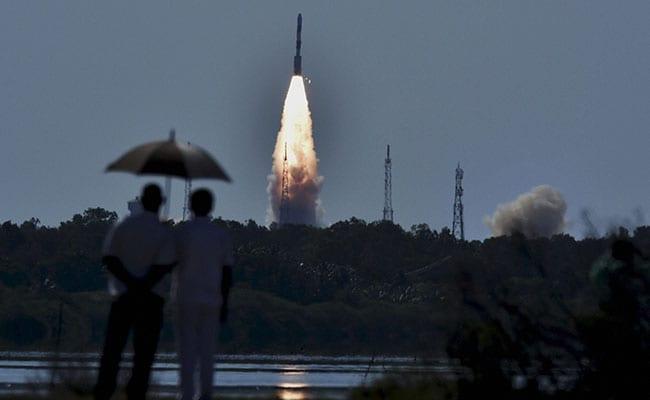 Isro To Launch Scatsat 1 7 Other Satellites On September 26