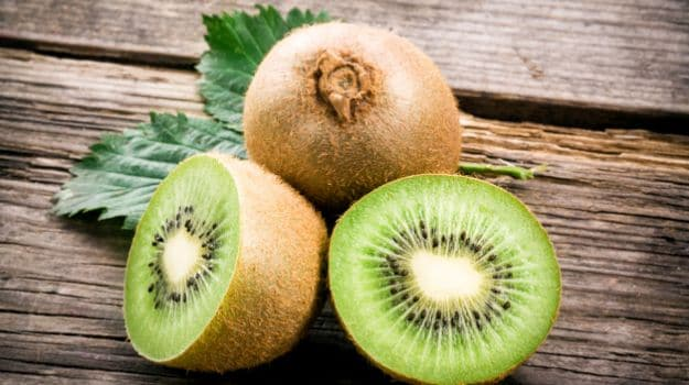 How to Eat Kiwi Fruit: 5 Genius Ways