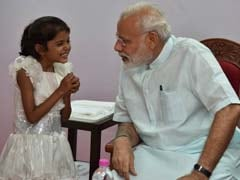 PM Modi Meets Girl Who Had Sought Help For Heart Surgery