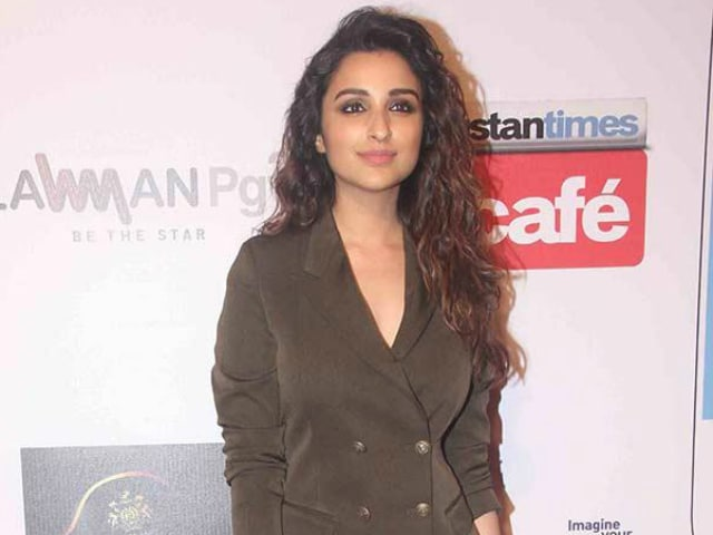 Dishoom Surprise: There Will be a Dance Number Starring Parineeti Chopra