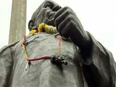 Former Top Cop Vanzara Garlands Sardar Patel's Statue With Pen, Toy Gun