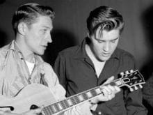 Elvis Presley's Guitarist Scotty Moore Dies at 84