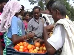 In Tomato Crisis, Rajasthan's 'Mummy-Daddy' Come To Telangana's Rescue