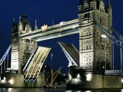 Britain's Iconic Tower Bridge To Close For Repairs