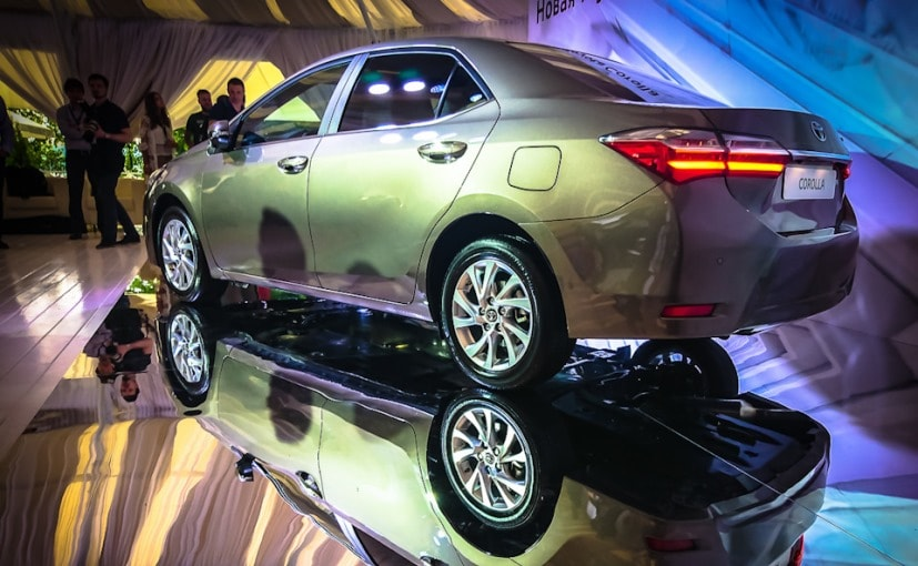 2017 Toyota Corolla Altis Facelift Makes Global Debut in Russia - NDTV CarAndBike