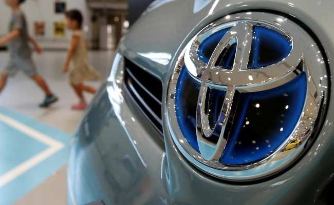 toyota recalls million cars over airbag emissions control issues. Black Bedroom Furniture Sets. Home Design Ideas