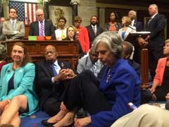 US House Democrats Broadcast 'Sit-In' On Social Media After Cameras Shut Down
