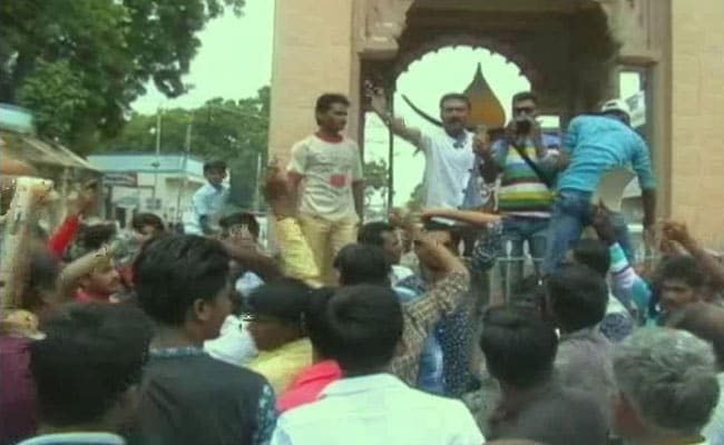 After Una Violence, Gujarat's Dalits Strike Back, Won't Remove Dead Cows