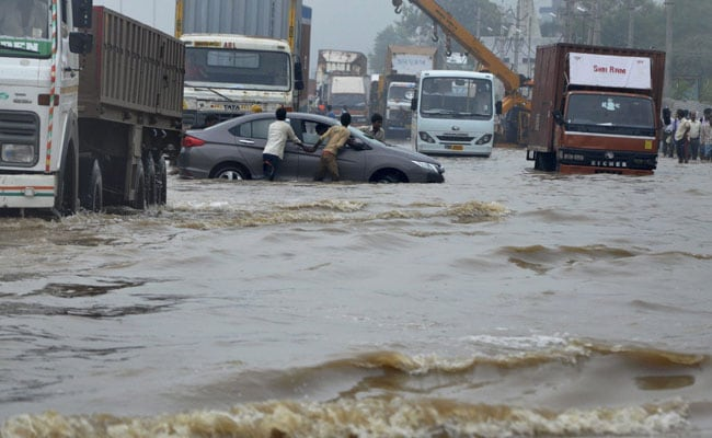 Gurgaon's Monsoon Nightmare: Who Is To Be Blamed?