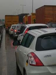 Gurgaon Asks Delhi To Stay Away As Monster Jams Freeze City