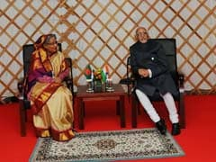 Hamid Ansari Meets Bangladesh PM Sheikh Hasina At Asia-Europe Summit