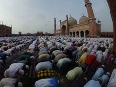 Eid Mubarak. 360-Degree View Of Jama Masjid Prayers