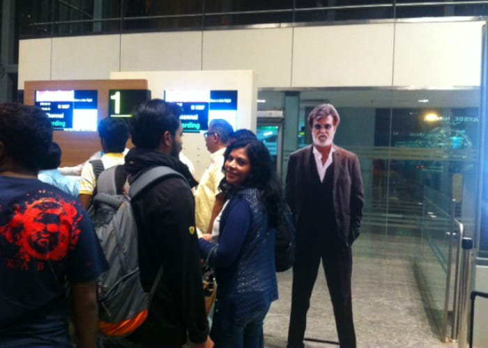 Kabali madness played out at 4 am on Chennai roads