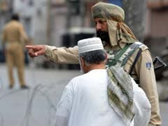 Separatists' March Foiled In Kashmir; Geelani, Mirwaiz Detained