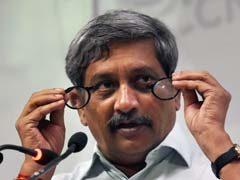 Manohar Parrikar Visits AAP Leader's House In Goa, Congress Finds It Fishy