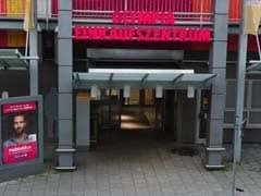 Hunt For Gunmen After Munich Mall Massacre