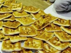 The 163-Year-Old Square Naan Of Hyderabad