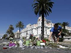 Faith In Government Drops, Politicians Jeered As France Mourns Nice Victims