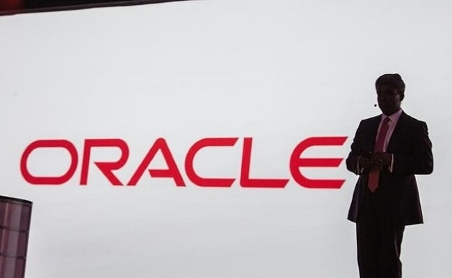 Oracle acquires