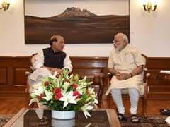 PM Narendra Modi Reviews Kashmir Crisis, Focus On Negating Pak's Claims