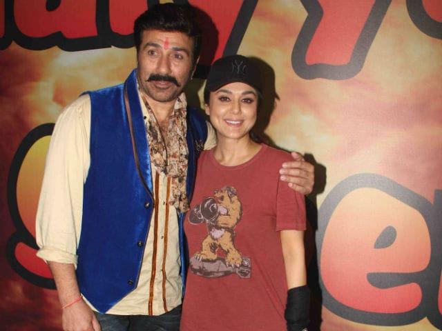Preity Zinta is Happy to Work With Sunny Deol in Bhaiyyaji Superhitt