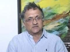Smriti Irani Combined 'Arrogance And Ignorance': Historian Ram Guha