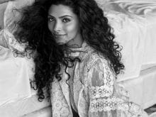 Anil Kapoor is Incredible, Sonam is Sweet, Says Mirzya Actress Saiyami