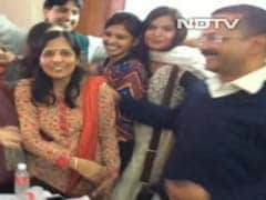 Arvind Kejriwal's Wife Sunita Takes Voluntary Retirement From I-T Department
