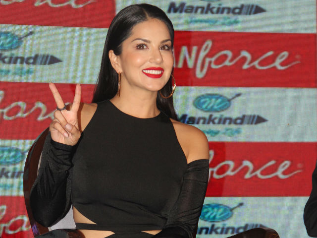 Sunny Leone to Start Filming Tera Intezaar With Arbaaz Khan in August