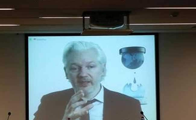 WikiLeaks founder: 2016 election is like choosing between 'cholera and gonorrhea'