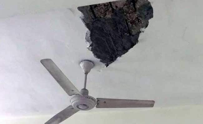 Ceiling Crashed Down At Delhi's Daulat Ram College As Students Sat In Class