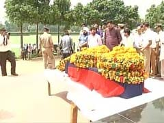 Homage Paid To Delhi Police Constable Shot Dead By Robbers