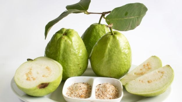 15 Incredible Benefits of Guava Leaf Tea