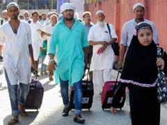 10% Of Haj Pilgrimage Applications Online: Mukhtar Abbas Naqvi