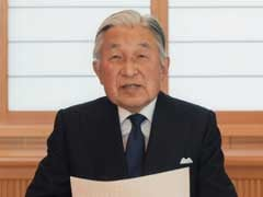 Japan's Emperor Speaks To Public In Remarks Suggesting He Wants To Give Up Throne