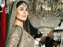 Pregnant Kareena Kapoor Describes Walking the Ramp as an 'Emotional Moment'