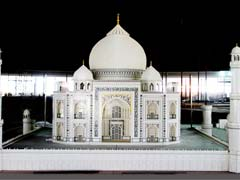 This Taj Mahal Is Made Of 280,000 Lego Bricks. Behold Its Glory